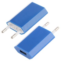 base-chargeur-plug-iphone-4-bleu