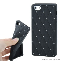 coque-silicone-strass-noir-iphone-5