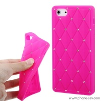 coque-silicone-strass-rose-iphone-5
